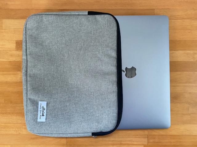 ダイソー300円のタブレットPCケース