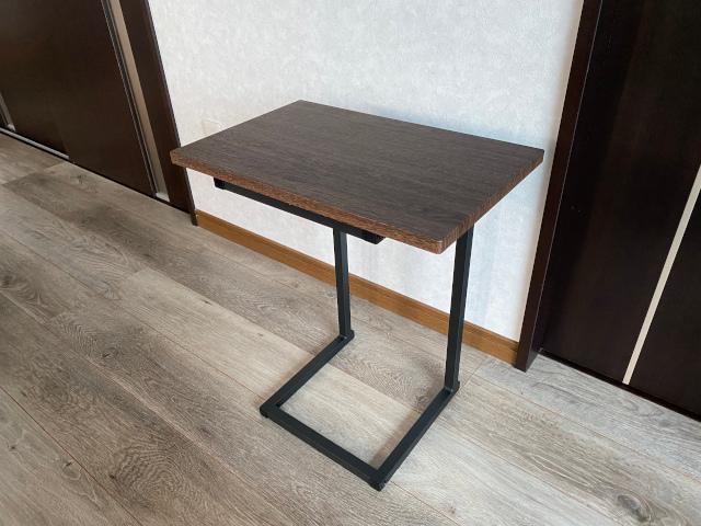 アイリスオーヤマのサイドテーブル